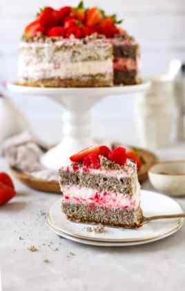 beeren_naked_cake