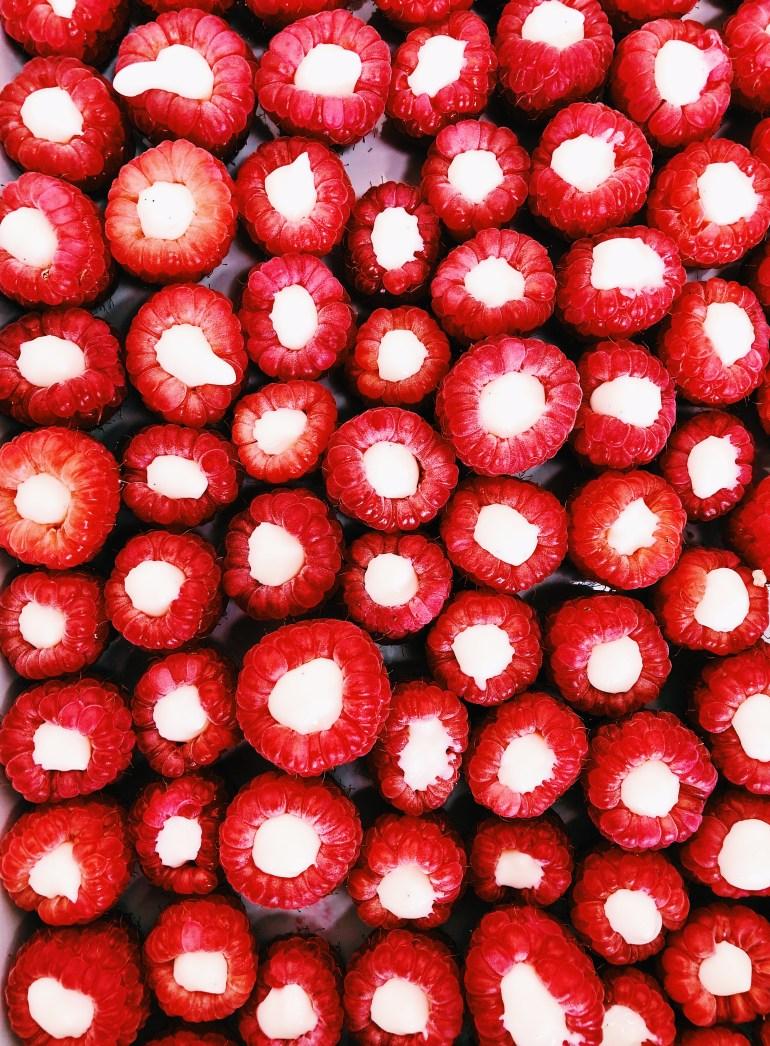 Fro-Yo Filled Raspberries - Cook it healthier Recipe