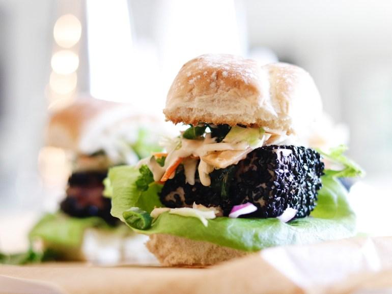RECIPE | Sesame Crusted Seared Tuna Sliders with Wasabi Mayo | cookithealthier.com