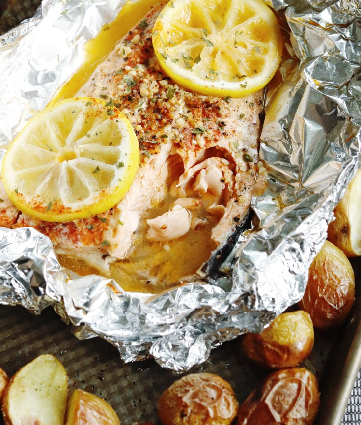 RECIPE | Everyday Easy Lemon Garlic Baked Salmon | cookithealthier.com