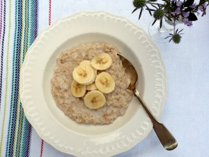 Low FODMAP Cardamom Scented Porridge