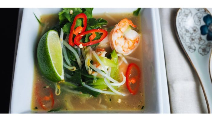 3 limes and chicken broth with shrimp soup