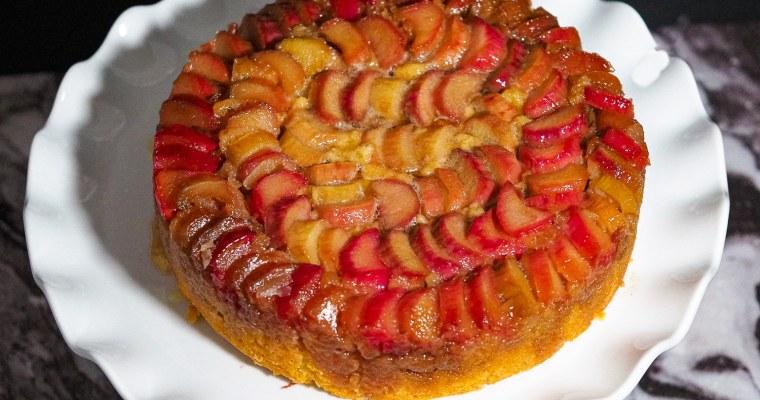 The most Amazing Rhubarb Upside-down Cake I ever Had