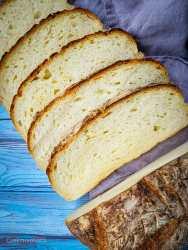 artisan cheddar cheese bread