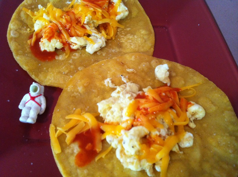 Quick Breakfast Tacos With Corn Tortillas Cookmundo