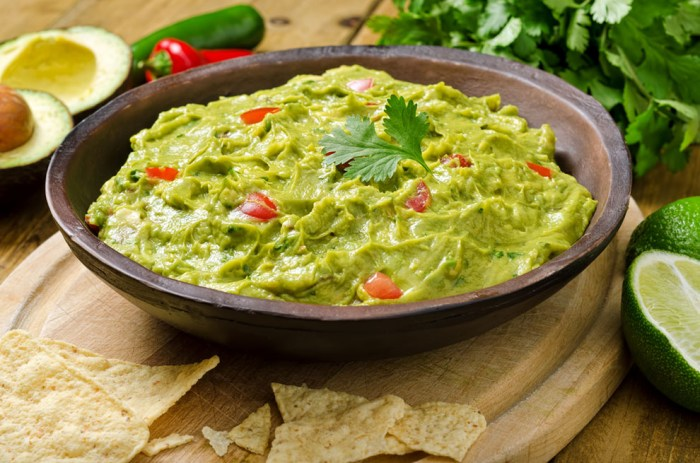 Guacamole with garlic