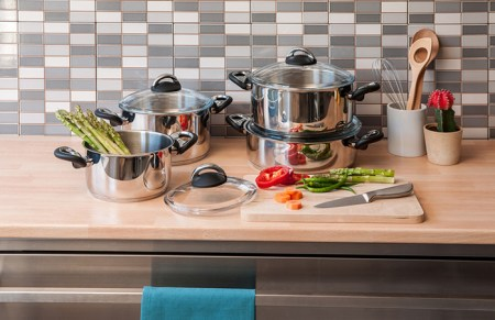 best cookware for glass top stoves - things to look for