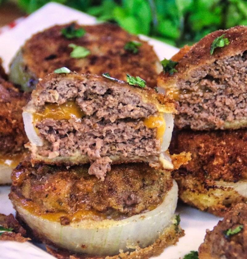 cheeseburgerstuffedonionrings