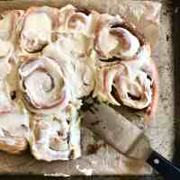 Frosted Brown Butter & Vanilla Bean Cinnamon Rolls