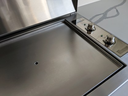 Stainless Infinity Teppanyaki BBQ with flat plate
