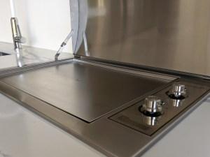 Stainless steel Infinity Teppanyaki BBQ with flat plate