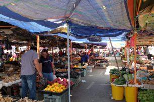 market sarawak bau