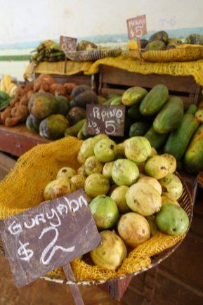 fruit market cuba