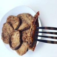 Vegan red bean Steak (Bife de feijão vegano)
