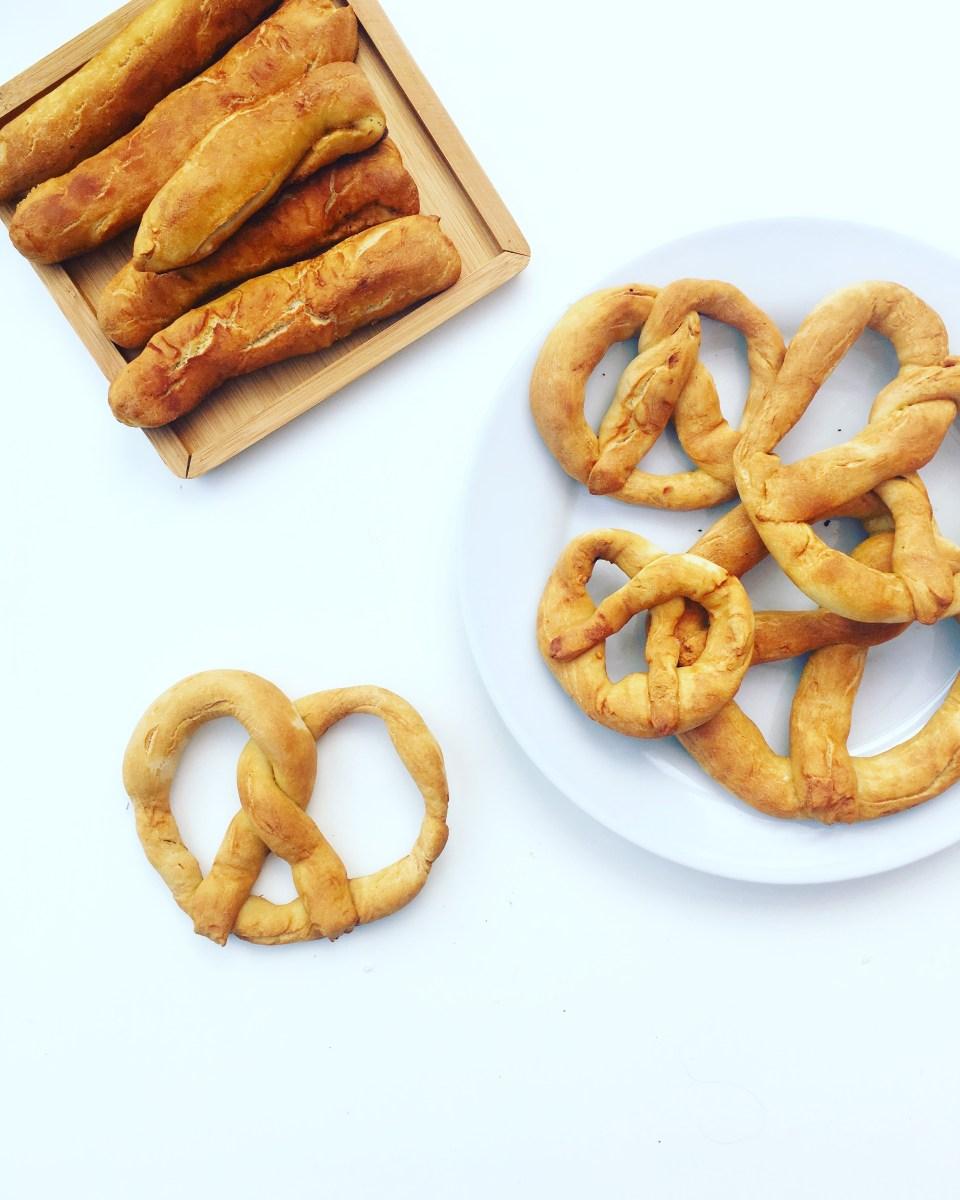 Homemade Vegan Pretzels (pretzels veganos)