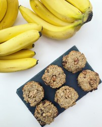 Easy Vegan Banana Peanut Butter Cookies
