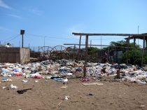 Angola garbage street