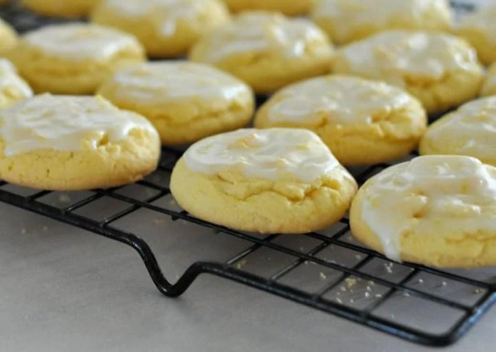 Chewy Lemon Cookies