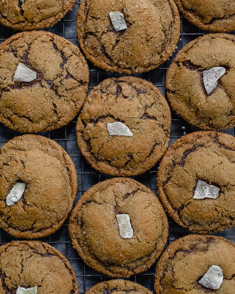 ginger molasses cookies closeup