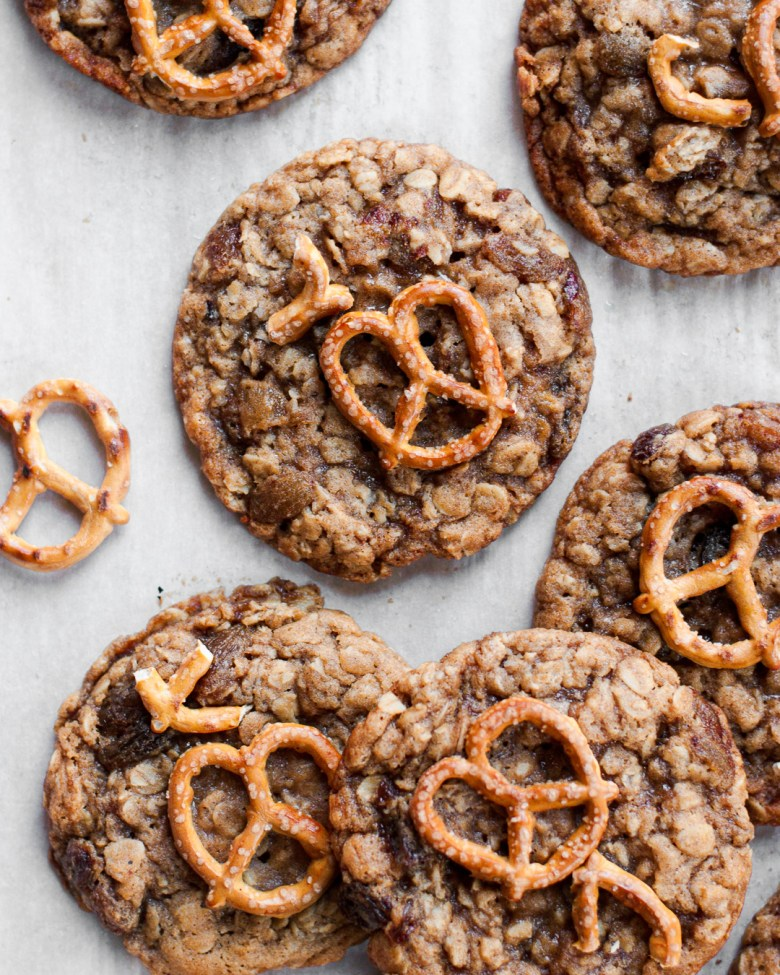 oatmeal raisin pretzel cookies