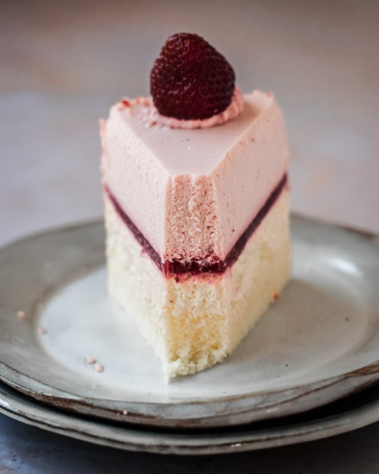 strawberry double fromage cheesecake slice
