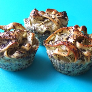 Poppy seed pasta muffin