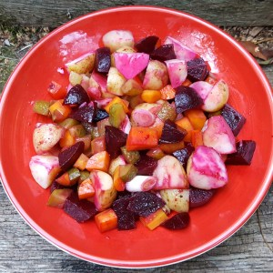 Russian potato and beetroot salad