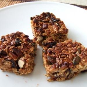 Pecan and coconut cereal bar