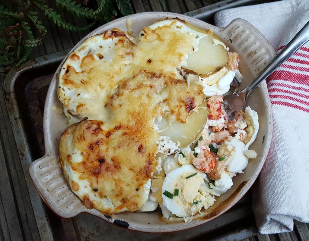 Potato and crayfish gratin