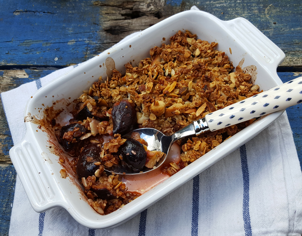 Fig and orange crumble