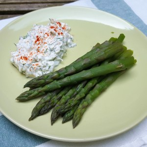 Asparagus with feta and dill dip
