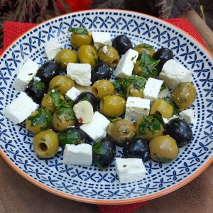 Mixed olives with feta