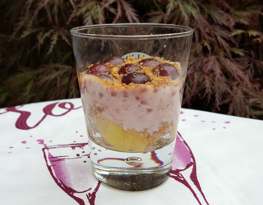 Peach and cherry yoghurt fool