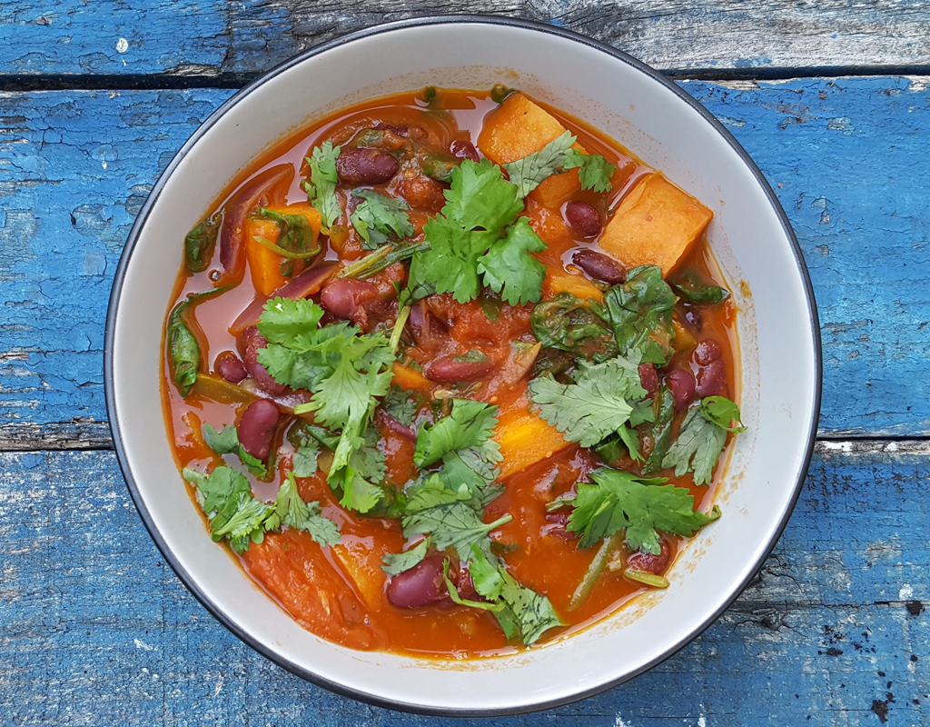 Kidney bean and spinach stew