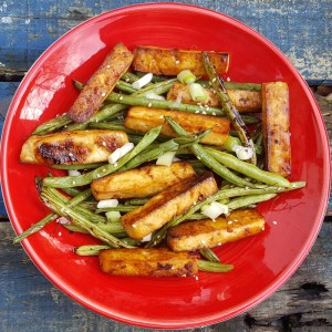 Honey-sesame baked tofu and green beans