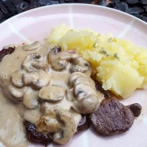 Venison steak with mushroom and Stilton sauce