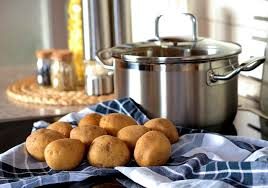 Potatoes and stainless steel