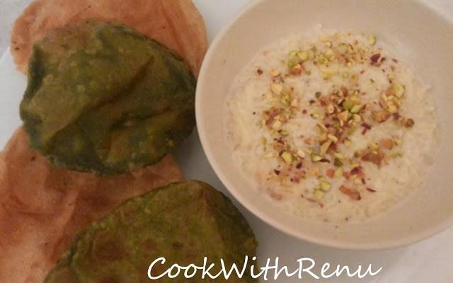 Palak  (Spinach) Puri's