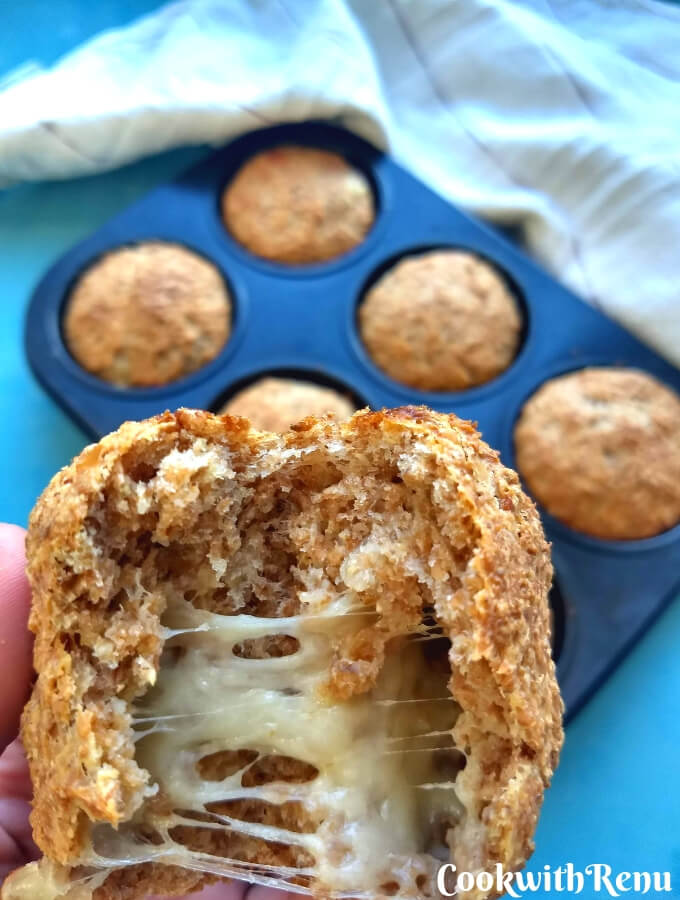 Wholemeal Cheese Bombs