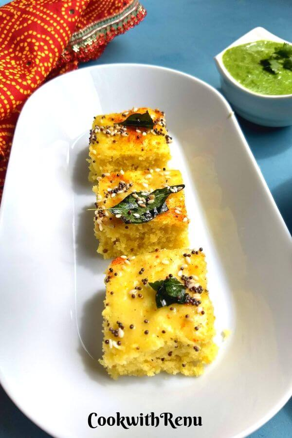 Instant Khaman Dhokla - Soft and spongy this Instant Khaman Dhokla can be done in under 30 minutes and is a perfect vegan and gluten free Breakfast or a snack.