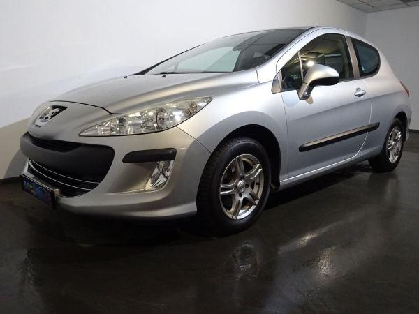 Peugeot 308 1.6L HDI avant