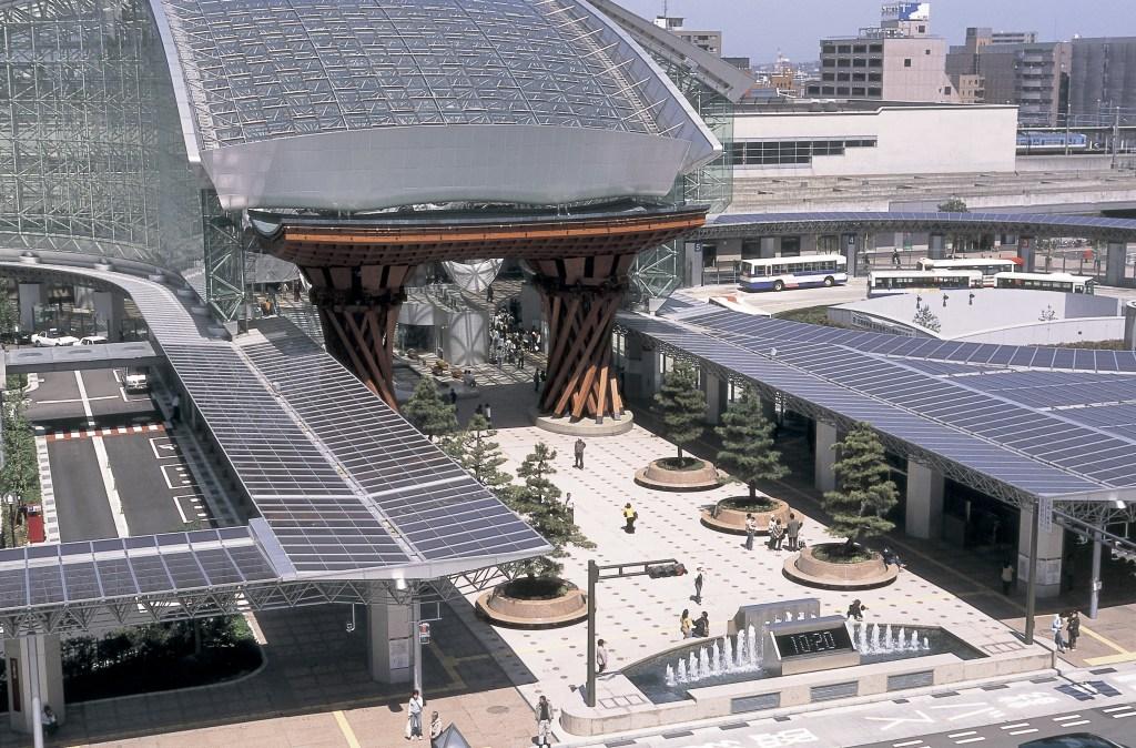 もてなしドーム,金沢駅,鼓門,西口,兼六園口,観光スポット