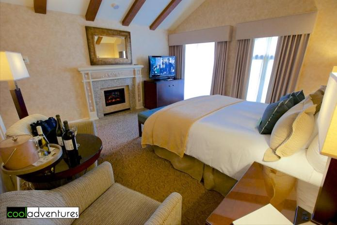 Vintner's Inn Upstairs fireplace room, Santa Rosa, California