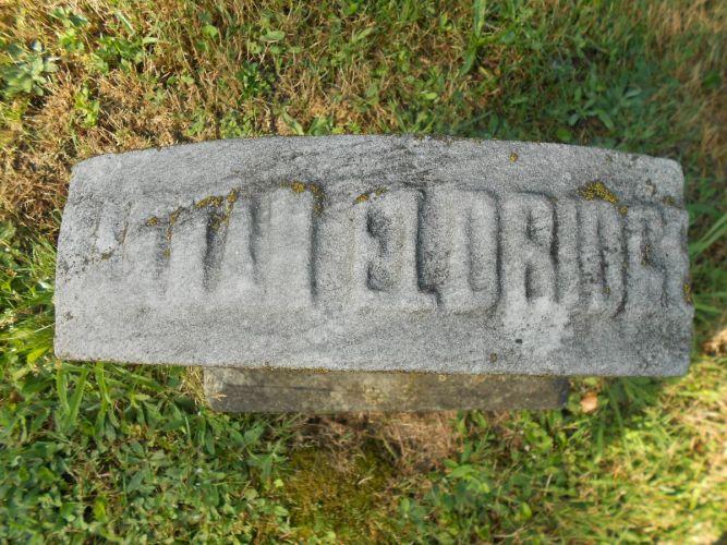 Hannah Eldridge headstone top, photo by Paul R
