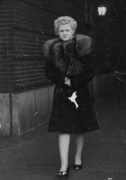 Hazel Bradshaw, ca. 1940s.