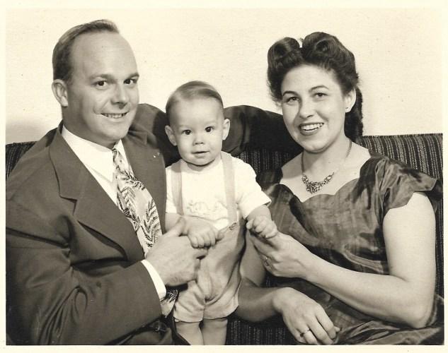 William Melvin, Bonnie, and Gary Earl Faulkner. 1952.