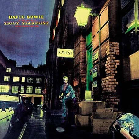 https://i2.wp.com/coolalbumreview.com/wp-content/uploads/2010/12/david_bowie_rise_fall_of_ziggy_stardust_spiders_from_mars-AYL1-3843-1162669353.jpeg