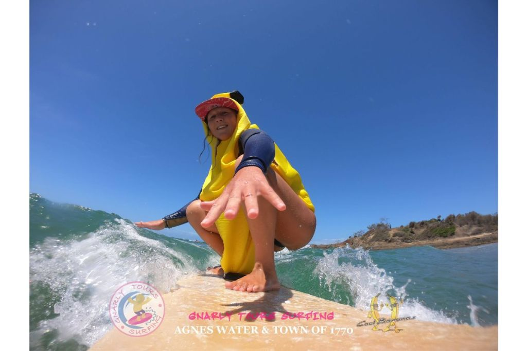 coolbananasbackpackers-surfing