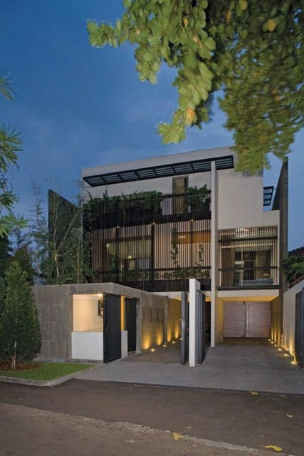 Contemporary Modern Home Designs with Wooden Interior and Minimalist Furnishing1