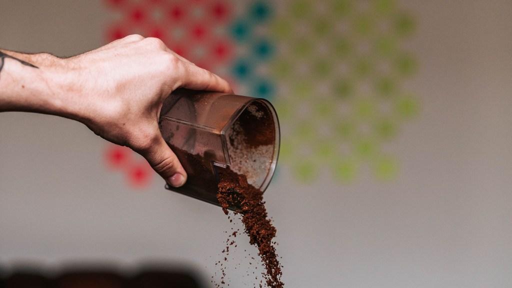 grind coffee beans nutribullet